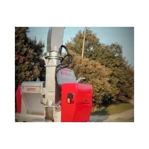 Broyeur de branches à tambour pour tracteurs de 90 à 160 cv